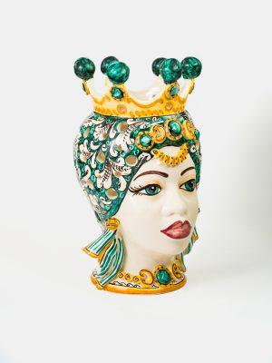 Testa di Moro afro donna con traforo e corona, decorata in verde ramina.