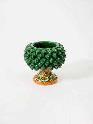 Pigna portapianta realizzata a mano da Terrecotte del Sole, colore verde, decoro arancio tronchetto verde.